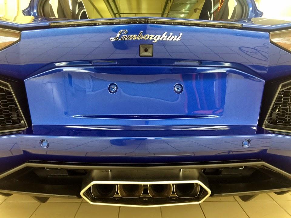 Lamborghini Aventador LP 700-4 صور سيارات: لامبورجيني أفينتادور ال بي 700-4
