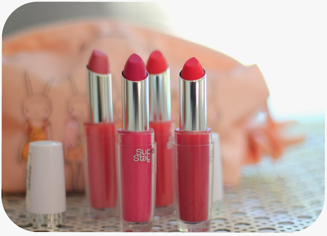 photo-maybelline-lipstick-superstay14hrs-coral-fucsia-rojo