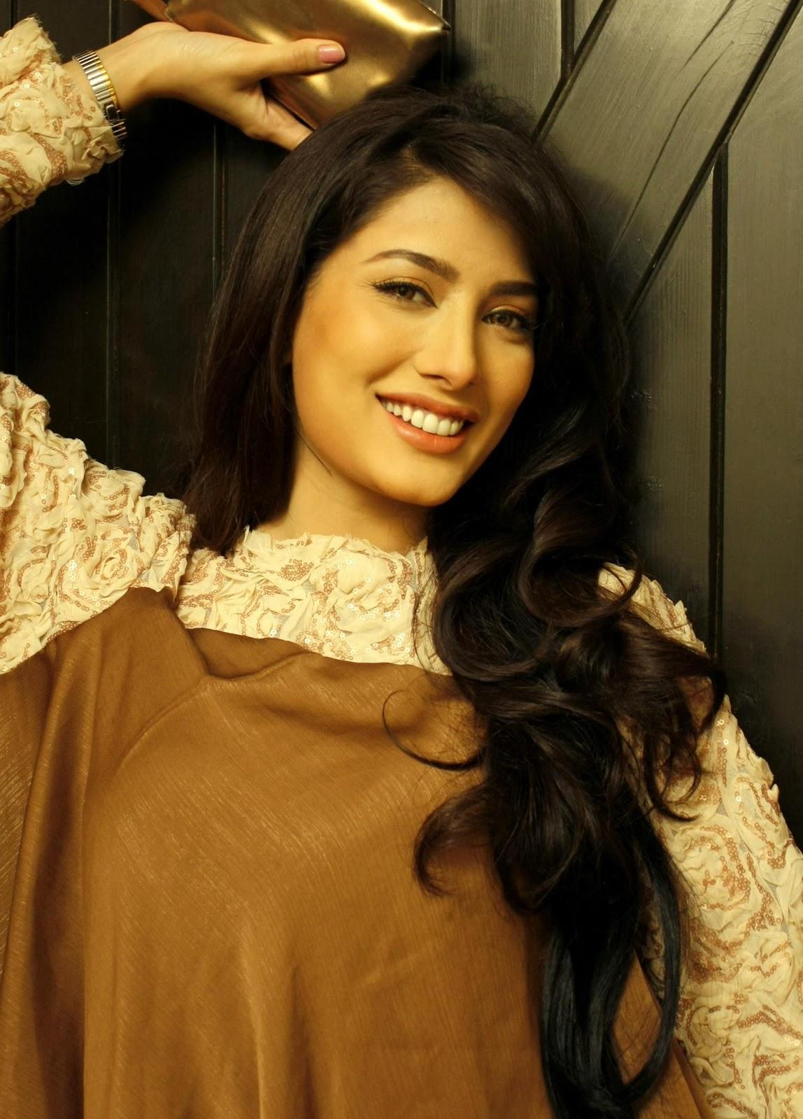 Pakistani Model Mehwis...