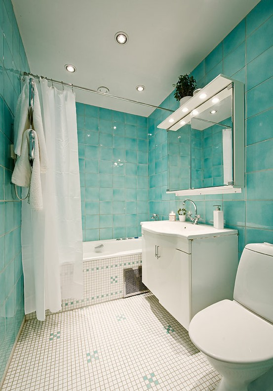 To da loos small bathroom design similar layouts with for Different bathroom ideas