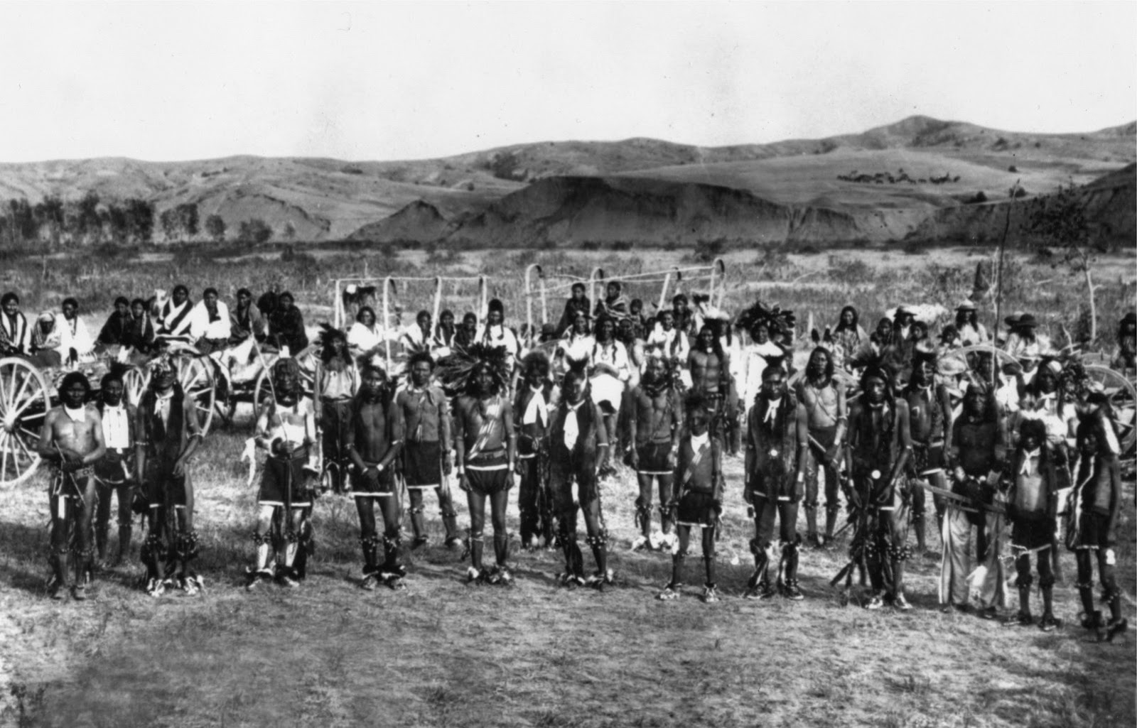 Displaying 17 gt images for battle of wounded knee ghost dance