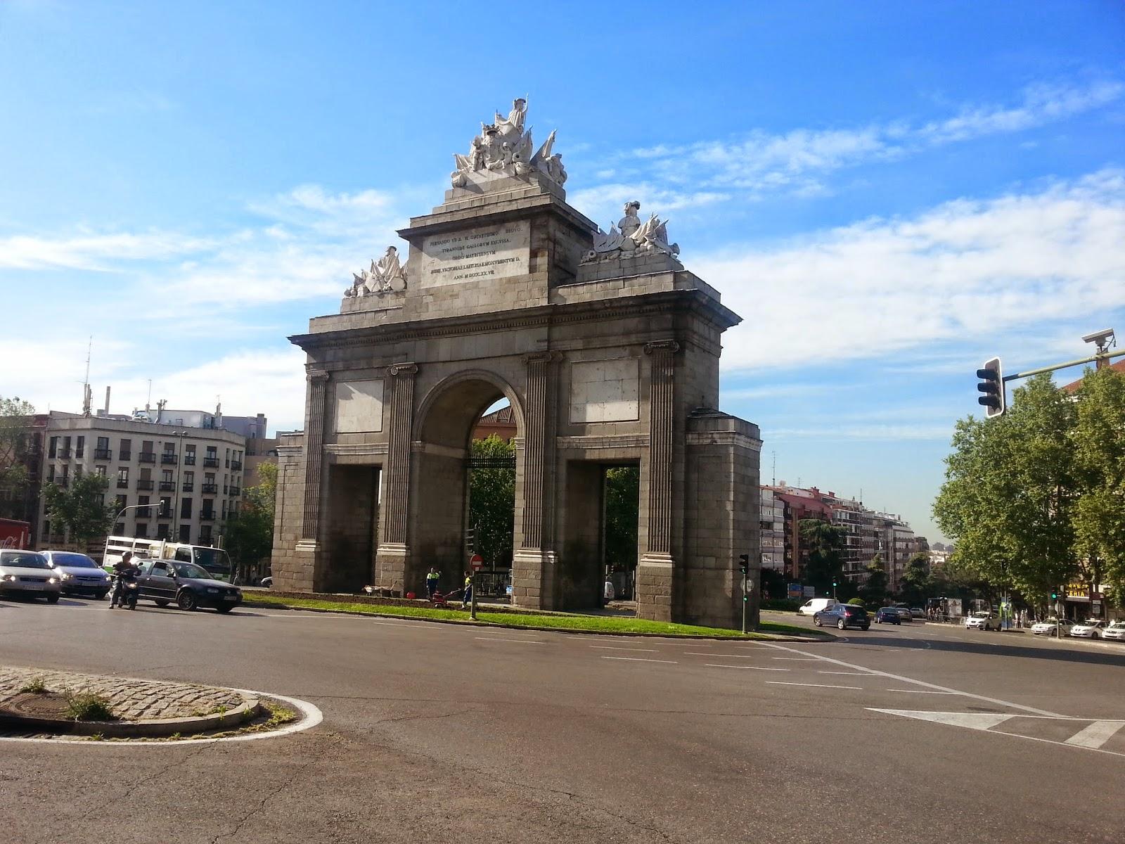 Madrid paso a paso ruta por las vistillas de san francisco for Jardines de las vistillas