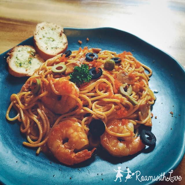 review,cafe,Iwane,pancake,สลัด,spaghetti,สปาเก็ตตี้