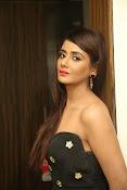 Parul Yadav latest glam pics-thumbnail-12