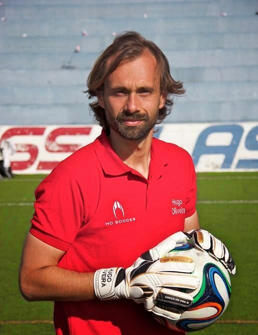 http://2.bp.blogspot.com/-1cnMSylm6R0/U6dNL-sD-xI/AAAAAAAAFTs/9A3xPDSdixY/s1600/hugo+oliveira+treinador+de+guarda-redes+-+imagem+ho+soccer.jpg