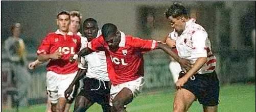 ac42 et l'histoire du football 1996+1997+Nimes-Honved+Budapest+3-1