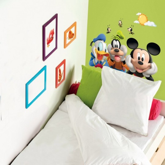 Put a stickers wall to child's bedroom