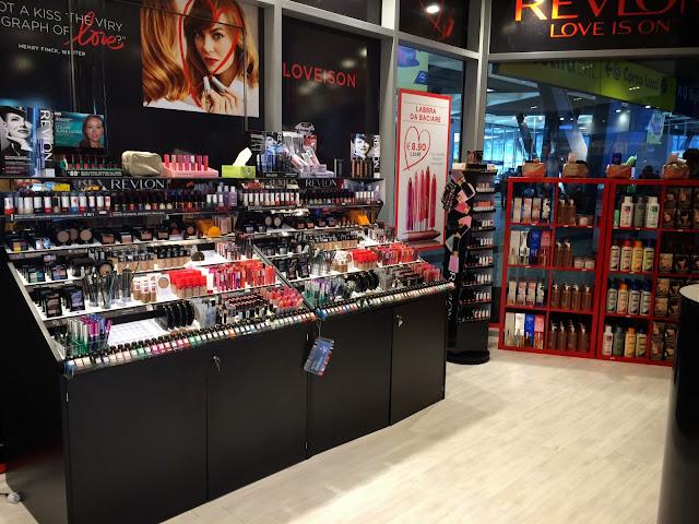 temporary store revlon napoli 03