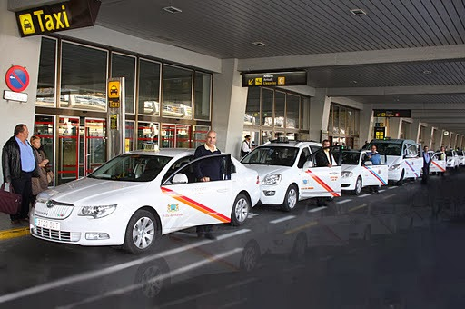 Taxi stands at Gran Canaria Airport