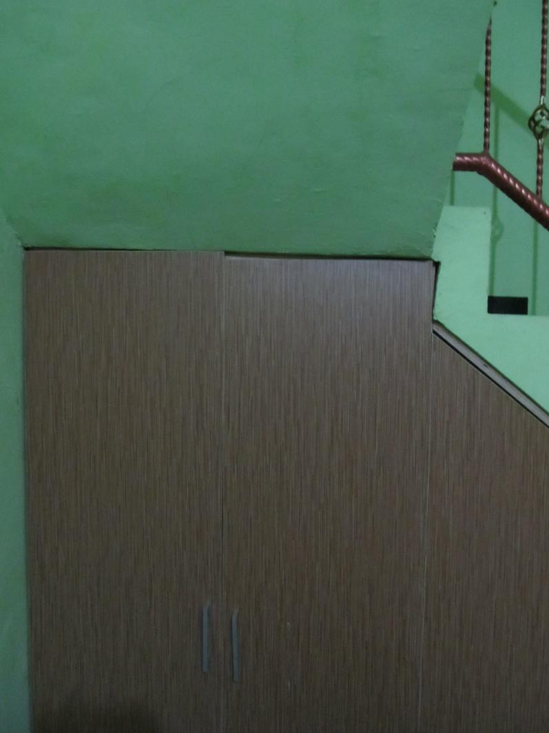 Kabinet kitchen set lemari di bawah tangga for Kitchen set dibawah 5 juta