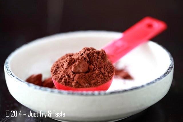 how to make a simple chocolate sponge cake