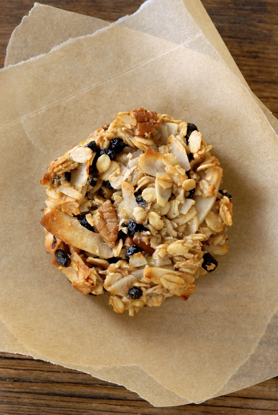 Blueberry Coconut Pecan Breakfast Cookies | Kumquat