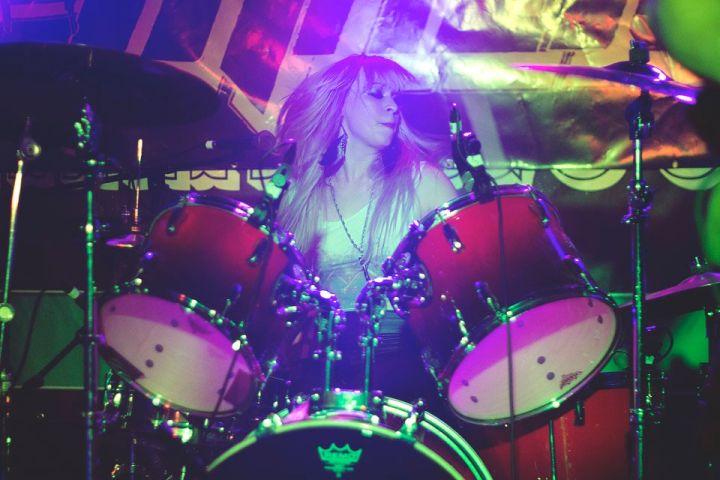 Alison Thunderland of Axxion