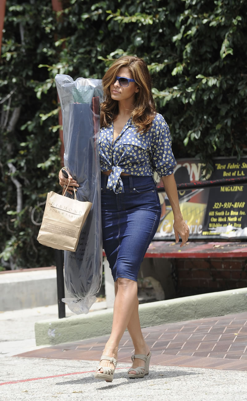 Didn't Eva mendes upskirt body