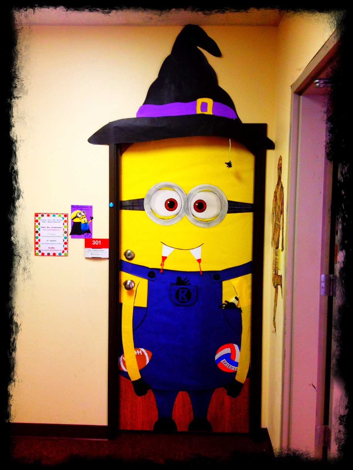 Minion Classroom Door Decor ~ Making it noteworthy color cut paste minions by