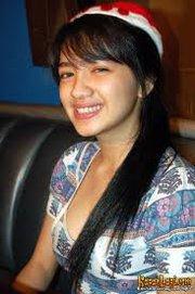 Biodata Angel Karamoy - Profil Foto Angel
