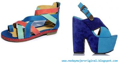 sandalias chatitas con una combinacion de azules y rosa plataforma en lila y celeste