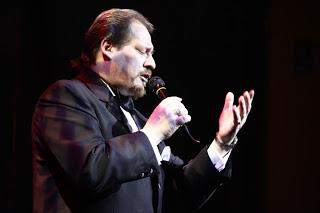 Viernes 8 de febrero | desde las 21.15 hs. | Canta Ricardo Olivera en la plaza de los Olímpicos