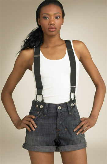 Pairing suspenders with shorts is a look that can take a few tries to master. Luckily for you, we've put together a little list of a few tips and rules to help kick-start your shorts-with-suspenders .