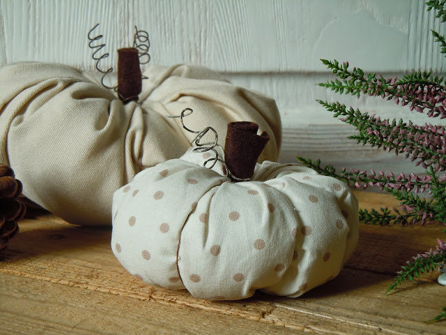 pumpkins cloth