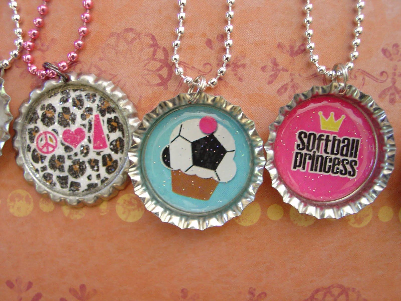 http://2.bp.blogspot.com/-1eOuXgIuBII/TiQWUZKmpXI/AAAAAAAAEuU/UoeC58MJNpQ/s1600/4%2Bcbs%2Bjewelry%2B4-11%2B011.JPG