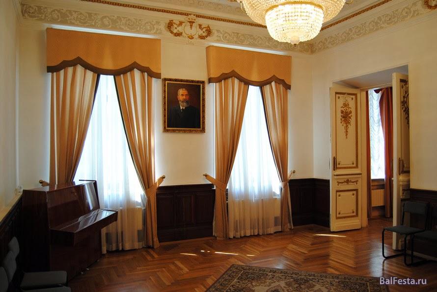 http://sitebalakovo.ru/tours/maltsev/vtour.swf
