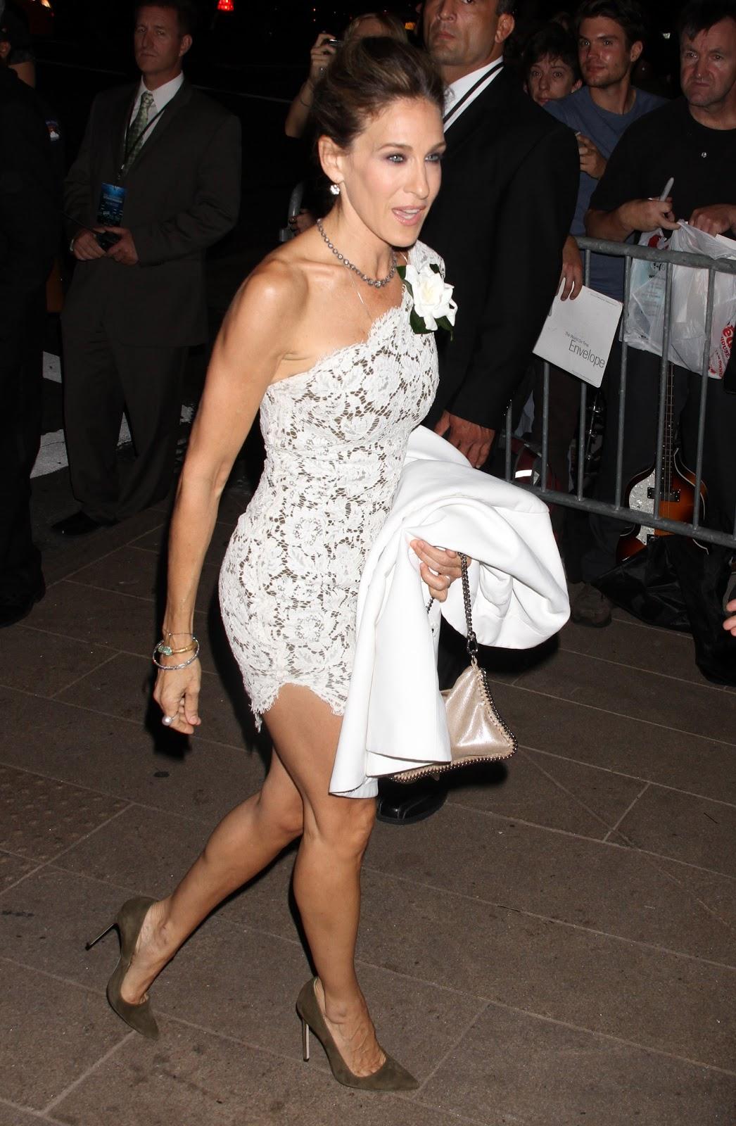 http://2.bp.blogspot.com/-1ez6NZWTeic/ToMD6Qds2kI/AAAAAAAABhs/MINtoIXVkUs/s1600/Sarah_Jessica_Parker_Ballets_Gala_Opening_in_NYC_September_22_2011_05_122_45lo.jpg