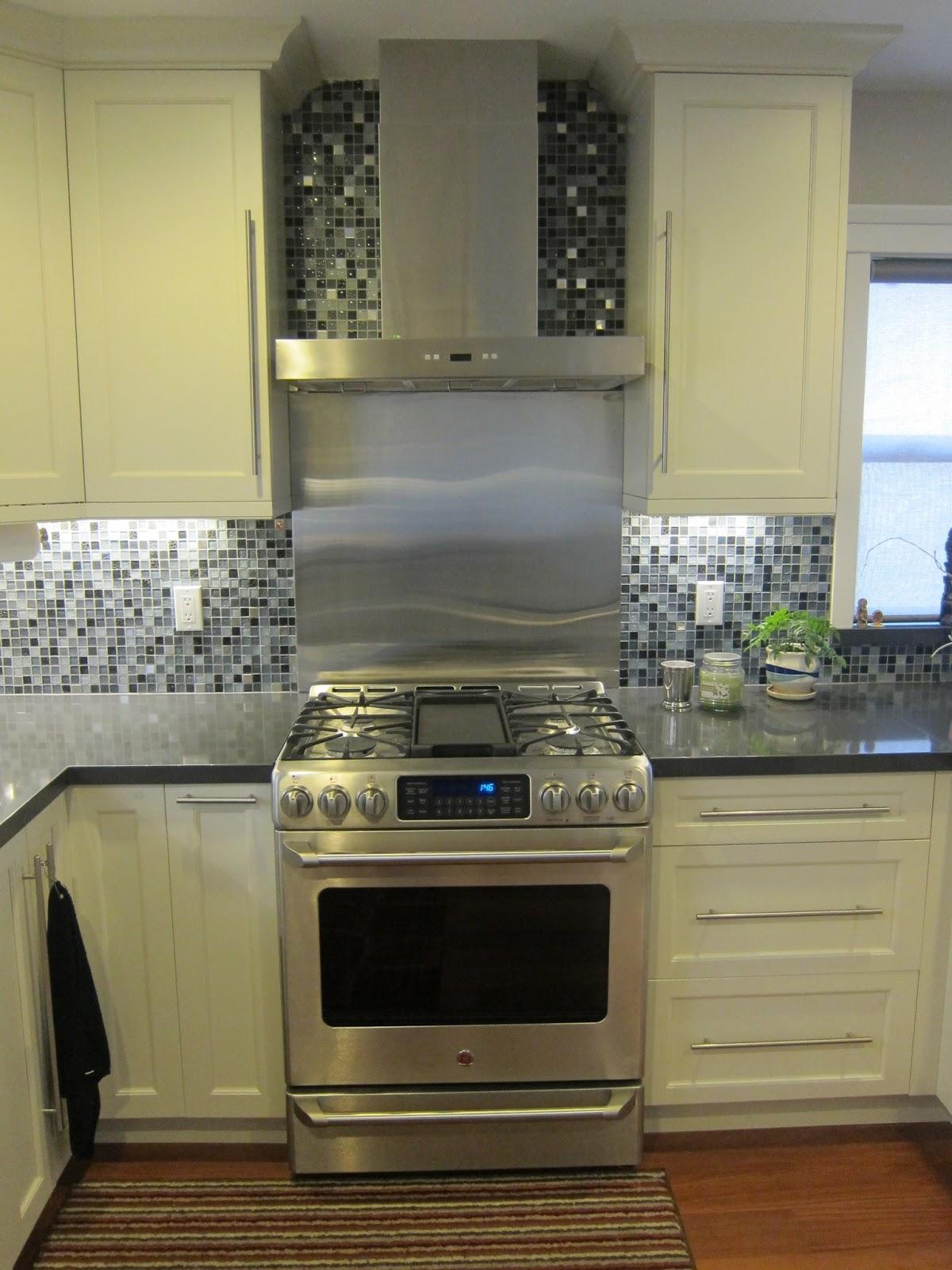 Hong Bo Hardware Supply White Kitchen Cabinets Quartz