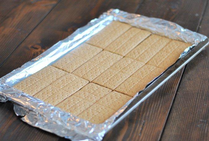 Graham Cracker Coconut Bars