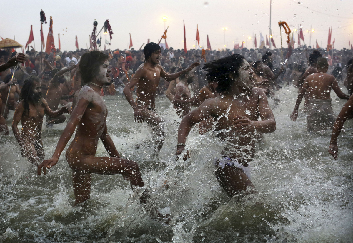 Millions of people sprint naked into the river to bath in record numbers