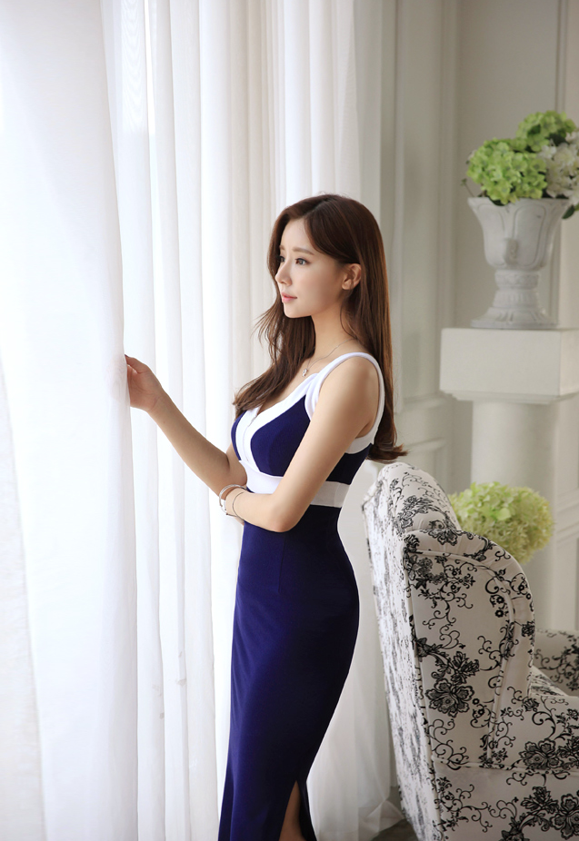 Jung Yeon - Classy Elegance