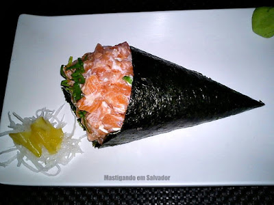 Zem Paulistano Sushi Bar: Temaki de Salmão