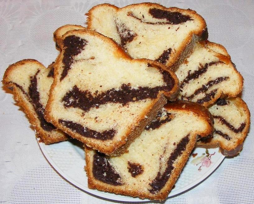 retete si preparate culinare cozonac pufos cu nuca si cacao preparat acasa de craciun si paste