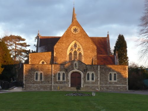 The Sacred Heart, Caterham