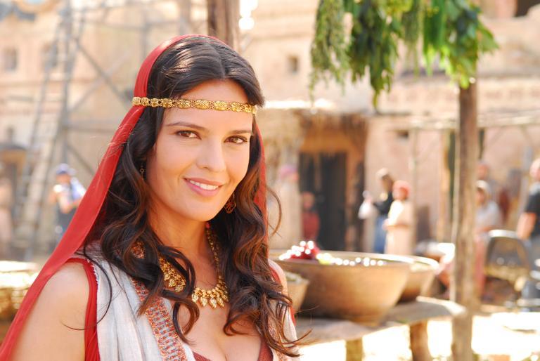 Bianca Saul Nude Photos 30
