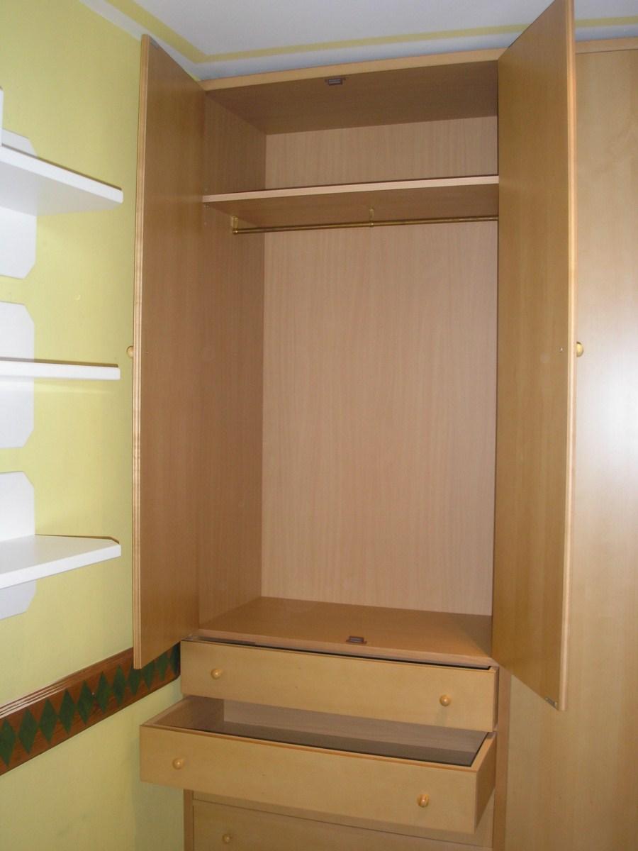 Armario de dormitorio juvenil a medida muebles cansado zaragoza carpintero ebanista artesano - Armarios a medida en zaragoza ...