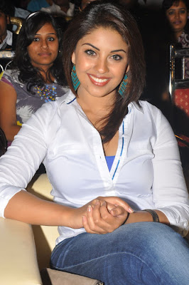 Richa Gangopadhyay Cute Photos