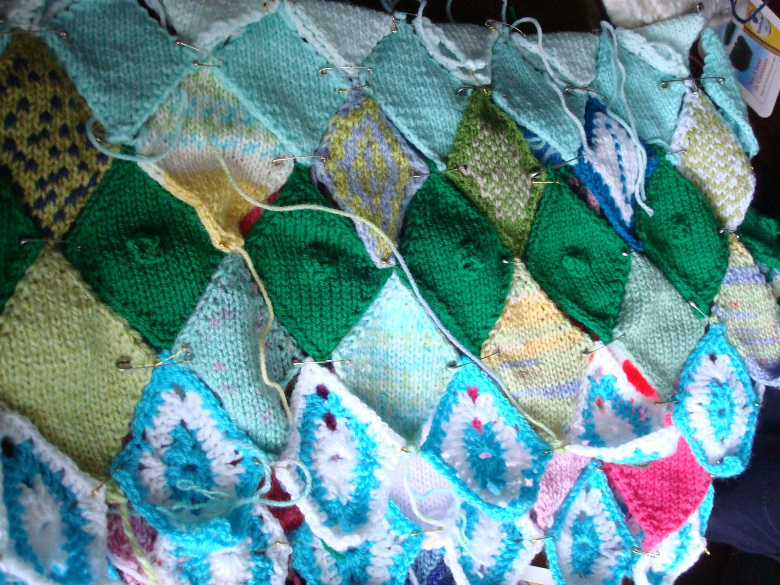 Christine\'s Chatter: Preston Guild - guerilla knitting