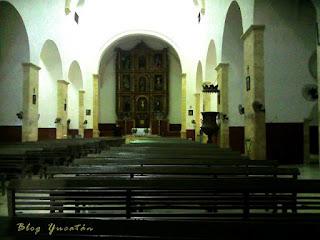 Interior Iglesia de Conkal San Francisco Asis Yucatan
