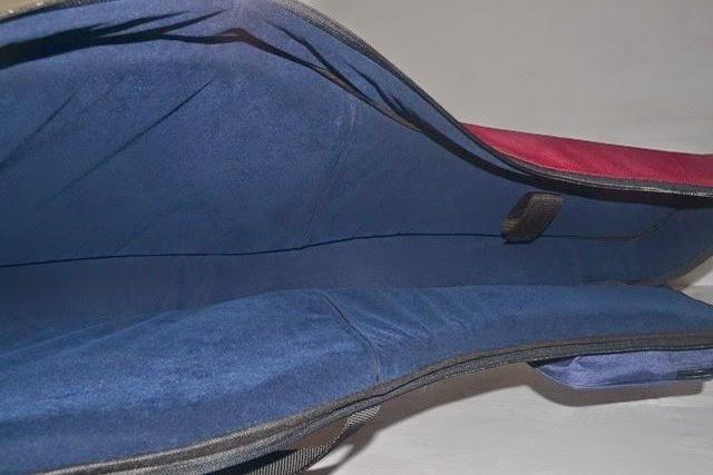 Softcase gitar elektrik custom dengan bludru
