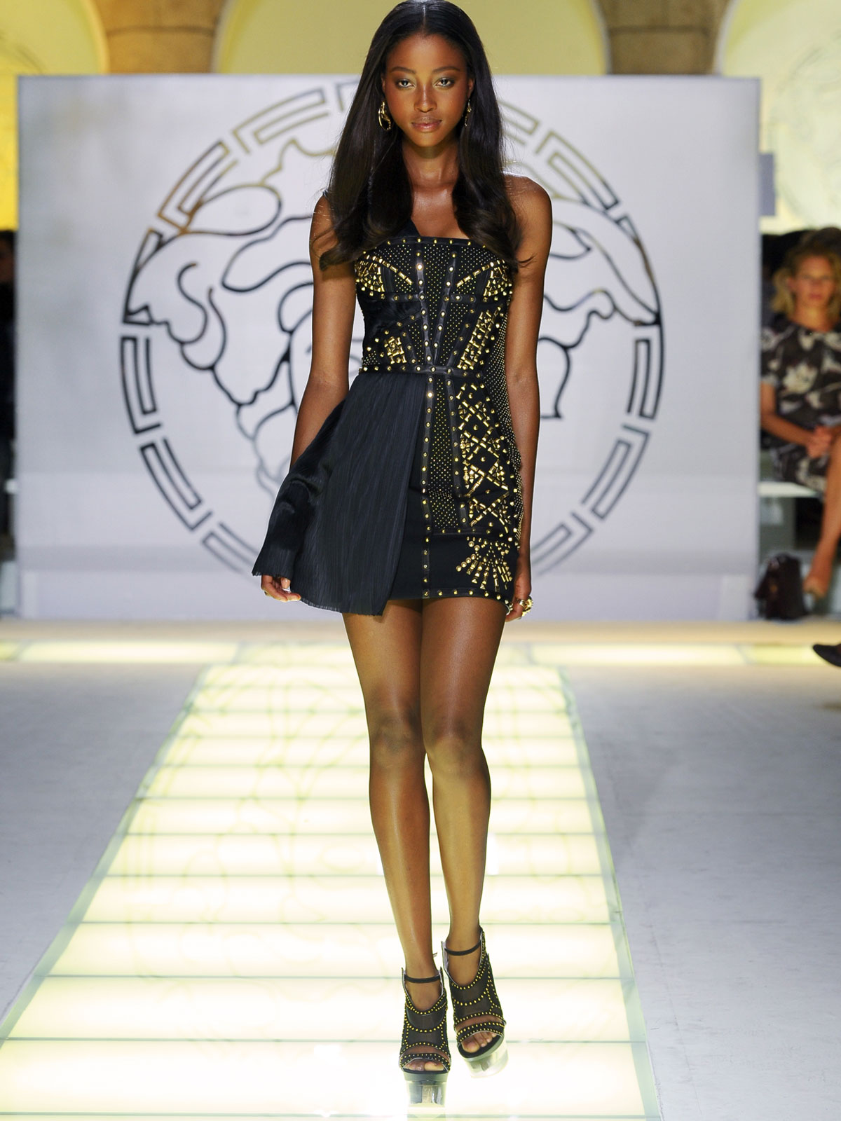 Versace Springsummer 2012 Latest Fashion Show She Styles Pakistani Designer Dresses
