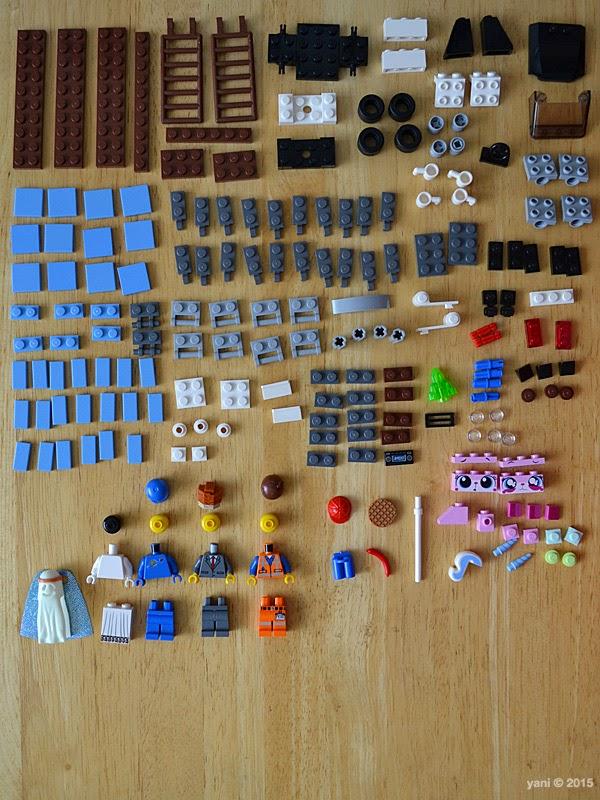 lego: double decker couch - knolling