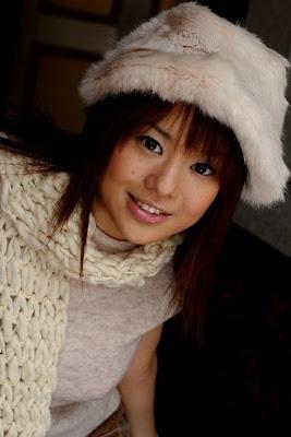 Sora Aoi con cara de felicidad