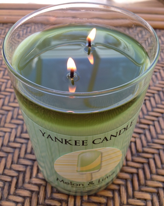 how to get candle to burn to edges