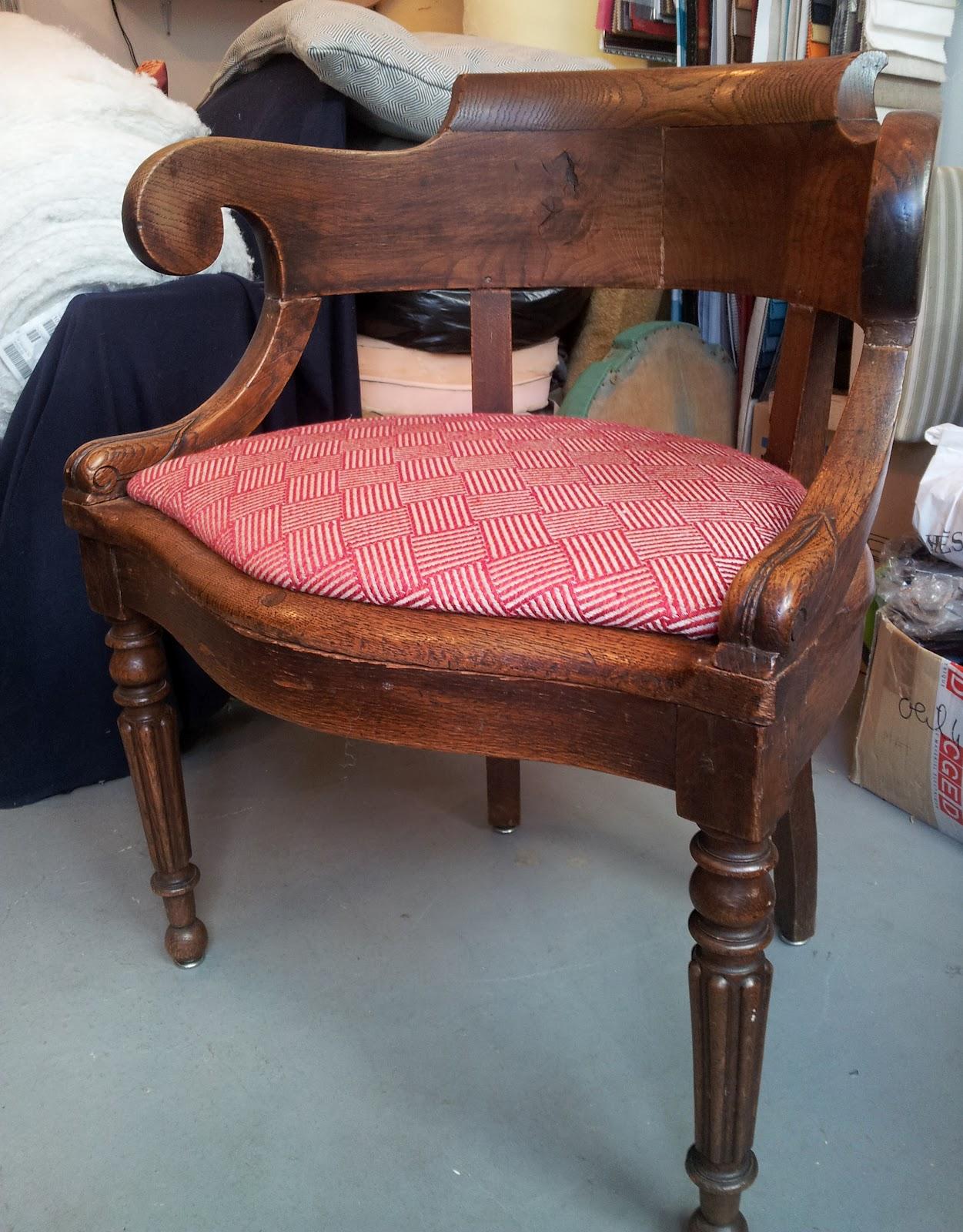 avant apr s fauteuil bureau napoleon iii atelier velvet artisan tapissier paris 10e. Black Bedroom Furniture Sets. Home Design Ideas