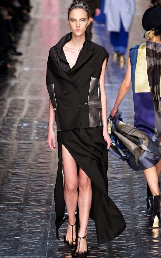 fashion-show-2014-acne-dress-black-winter