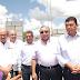 PRESIDENTE MUNICIPAL COLOCA LA PRIMERA PIEDRA DE LA NUEVA ESCUELA EN LA COLONIA HACIENDA LAS BRISAS.
