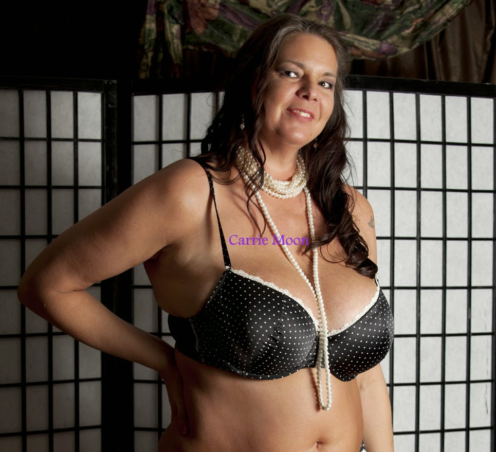 trio ottawa escort mature