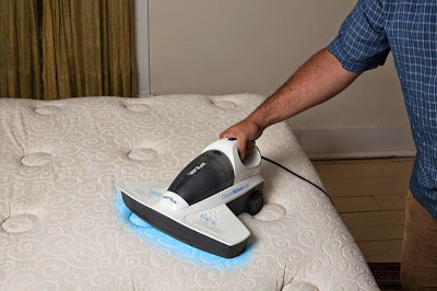 Importance of cleaning and of disinfecting the mattress How to clean and to disinfect Effects of the mites on health