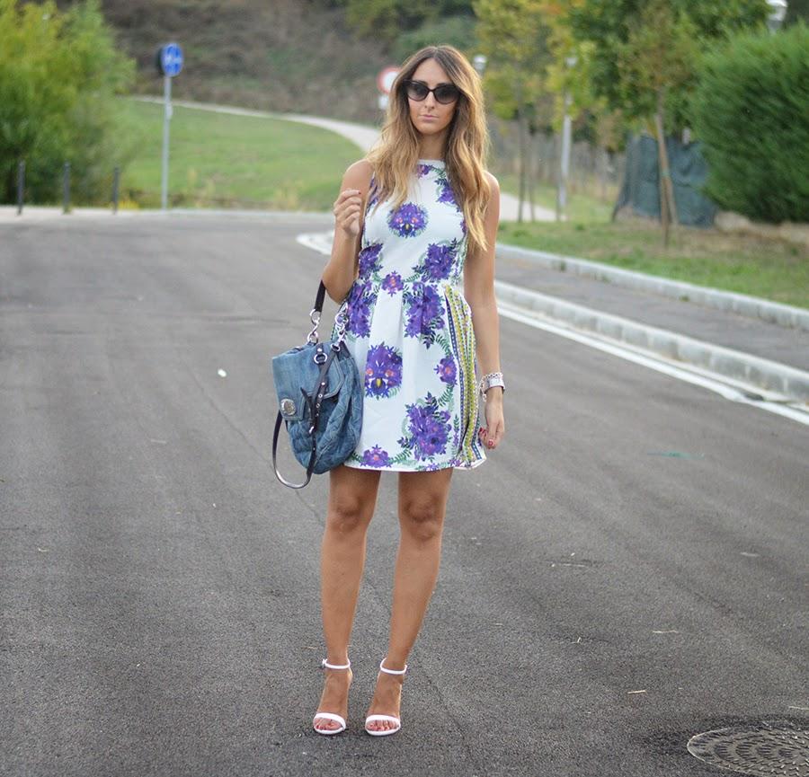 primark, primark dress, abiti a fiori, vestito a fiori, flowers dress, zara shoes, zara, zara sandals, sandali zara, scarpe bianche, zara white sandals, zara heels, dior, dior sunglasses, dior zeli sunglasses, miu miu bag, borsa miu miu, fashion blogger, street style, elisa taviti blog, elisa taviti, my fantabulous world, fashion blogger firenze